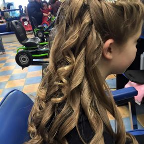 Little girl with a nice hair style